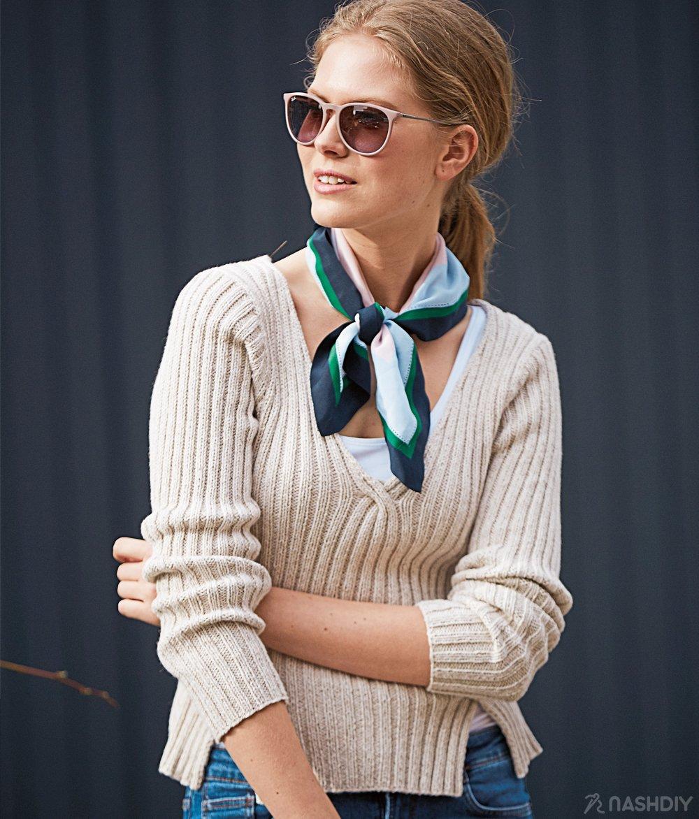 вязаный пуловер с V образным вырезом и разрезами